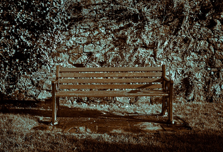 px_2012_helston_bench_0002a