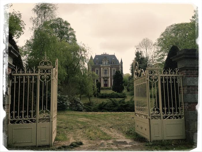 iphone_2013_france_horrorhouse