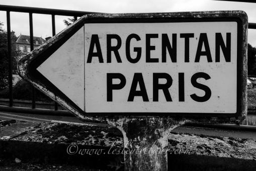 Paris this way!