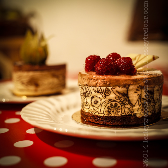c5d2_2014_france_burg_food_cakes-15