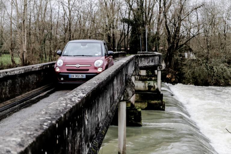 20160212_france_haute-pyrenees_skinnybridge-54
